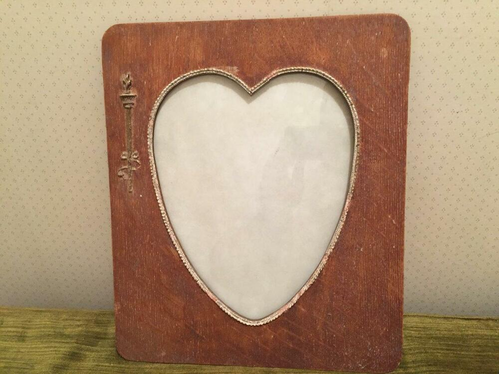 Antique Wooden Heart Shaped Picture Frame Arts Crafts Era