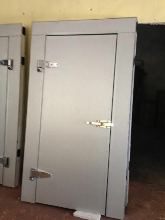Walk In Freezer Doors Factory Direct Fit All Makes And