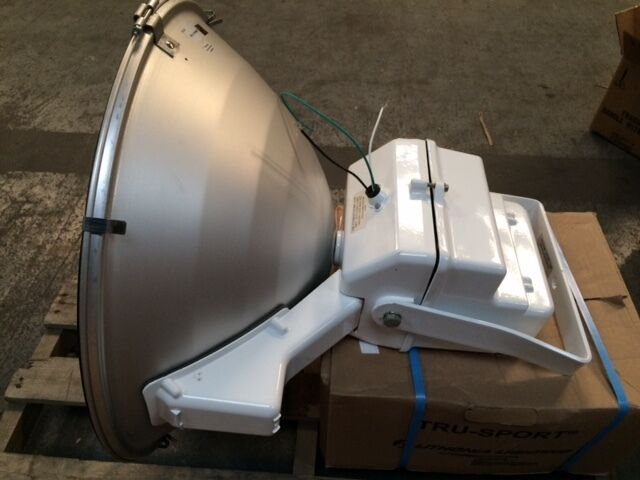 light fixture lithonia tsp 1000m 480 with reflector mounting bracket and lamp ebay. Black Bedroom Furniture Sets. Home Design Ideas