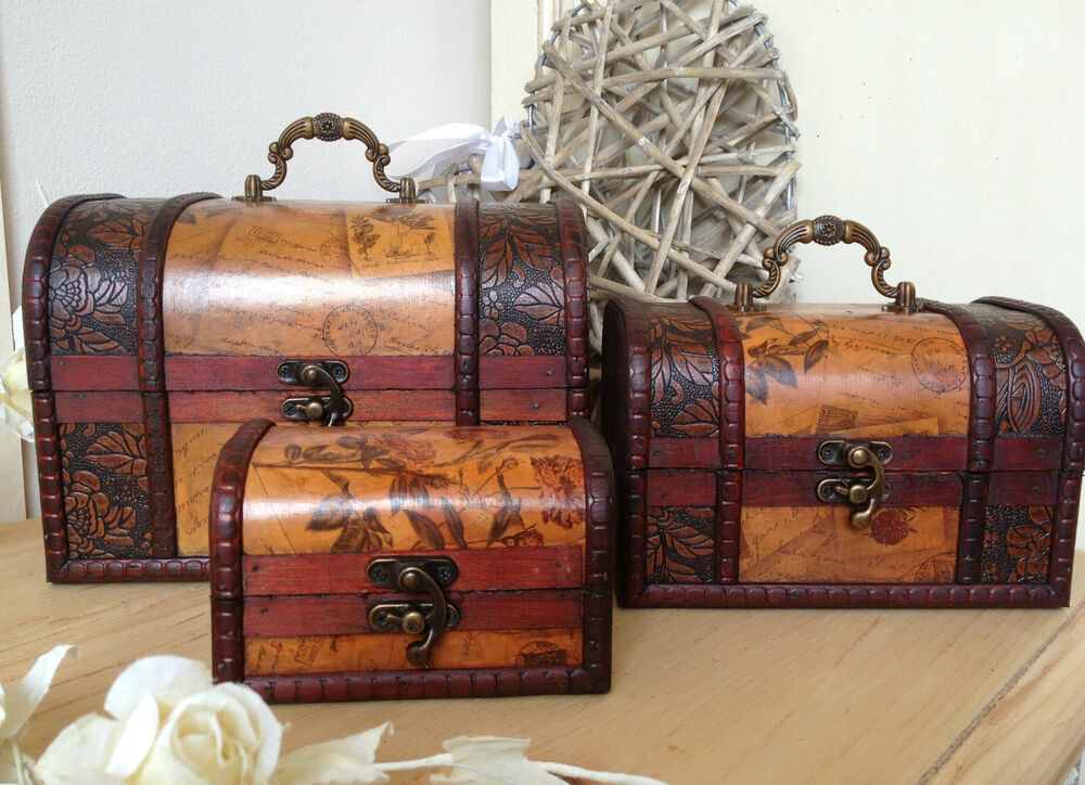 Wooden colonial style trunk treasure chest vintage for Storage treasures