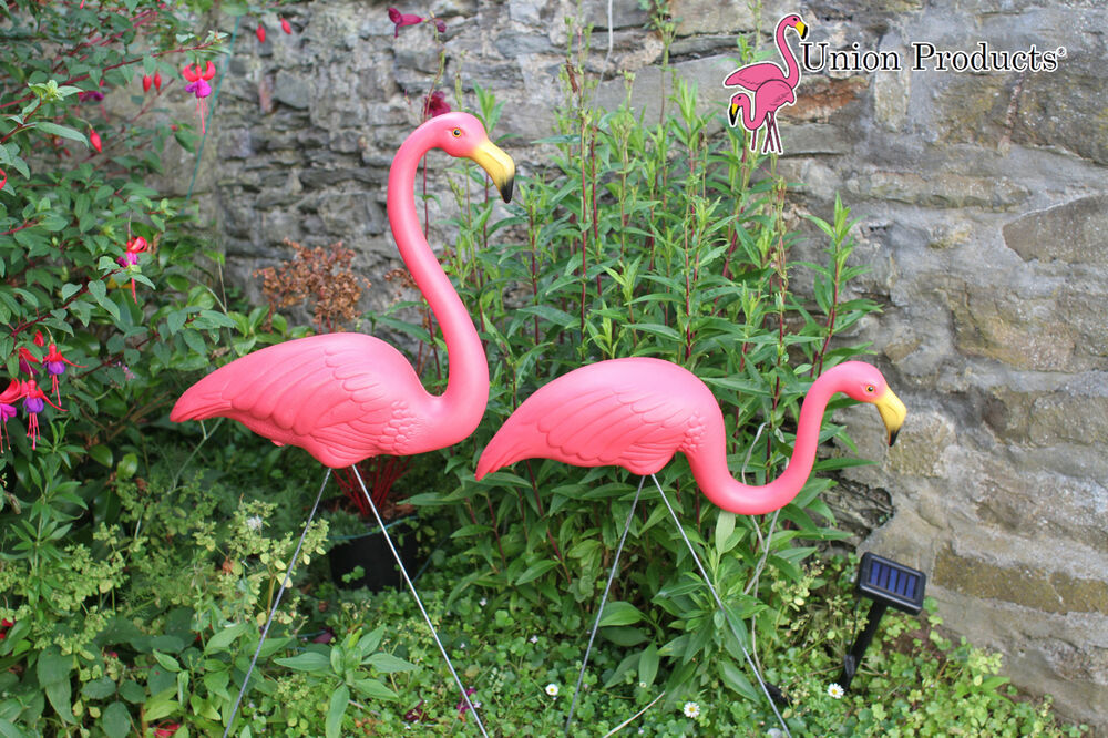Genuine Don Featherstone Pink Plastic Flamingo Gift Lawn