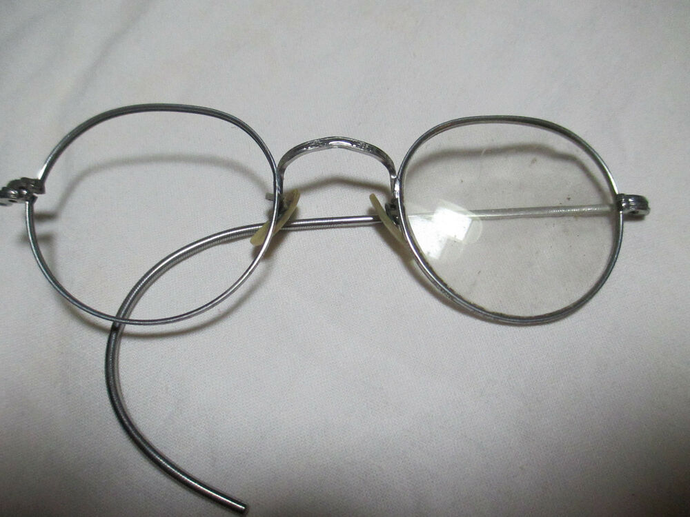 Wire Frame Glasses Vintage : Vintage Womens Glasses Round Wire Frame Ornate Nose Piece ...