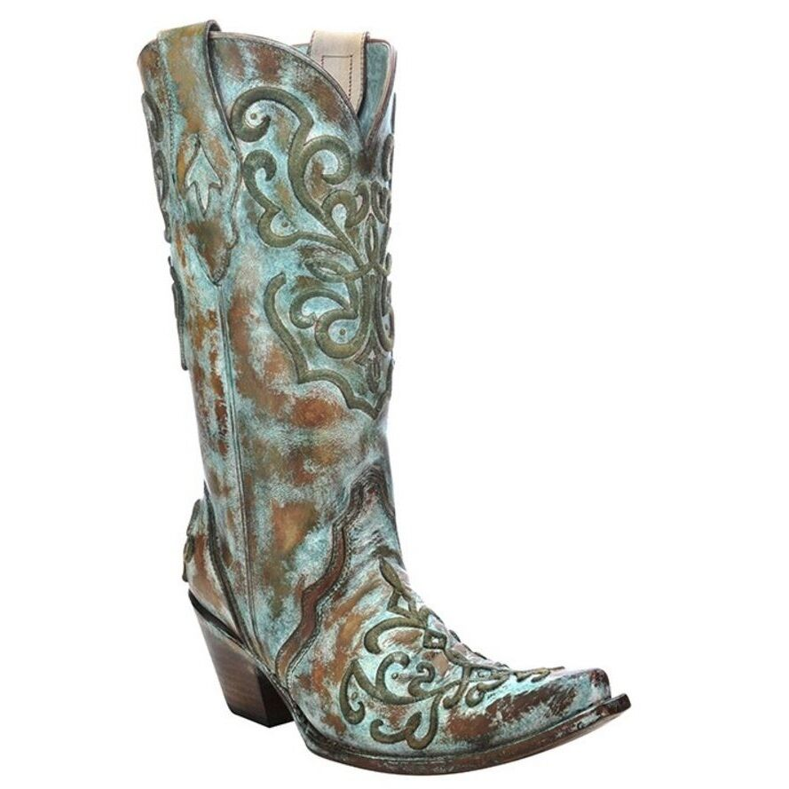 Cool But Once They Put A Good Boot On, They Are All Cowboys And He Would Know With Over 15 Years Under His Belt  Or Boot  As The Manager Of The Vancouverbased Western Boutique The OK Boot Corral In