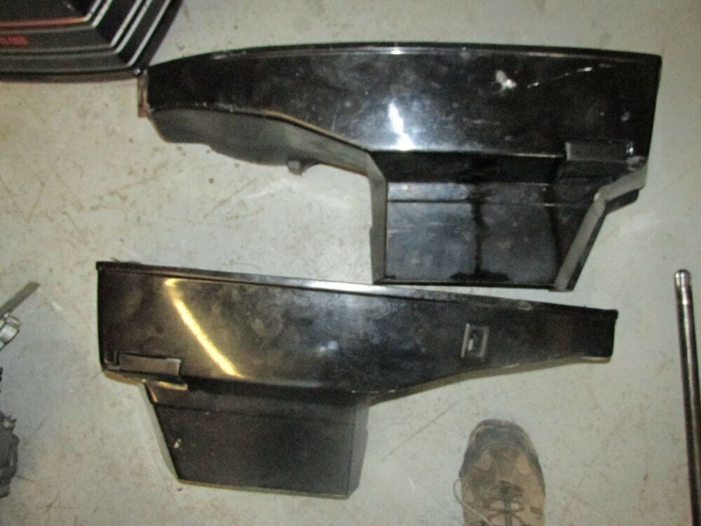 Mercury outboard 200hp black max v6 2 stroke side cowling for Mercury outboard motor cowling