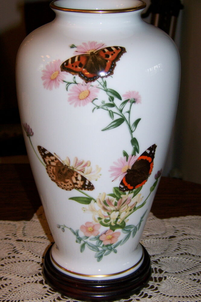 Franklin Porcelain Country Garden Butterfly Vase John Wilkinson