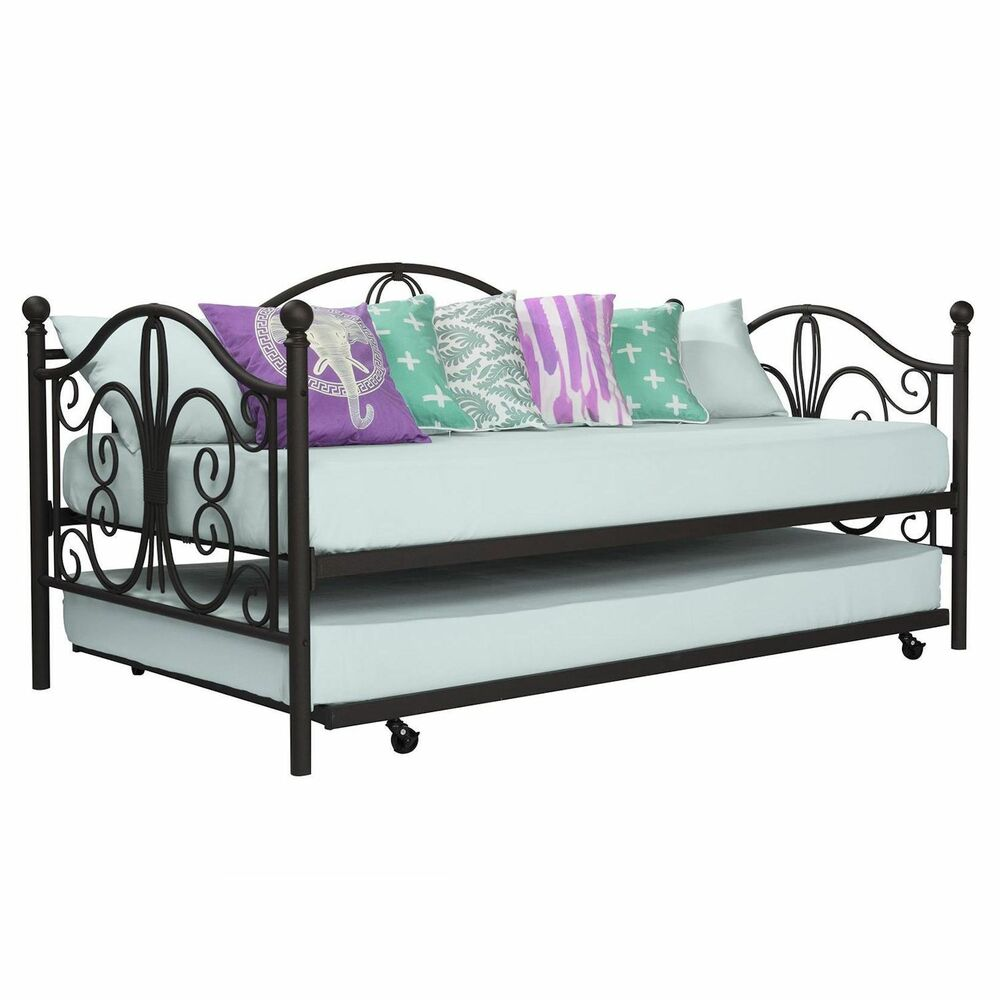 bronze iron metal daybed frame with trundle twin size bed bunk antique furniture ebay. Black Bedroom Furniture Sets. Home Design Ideas