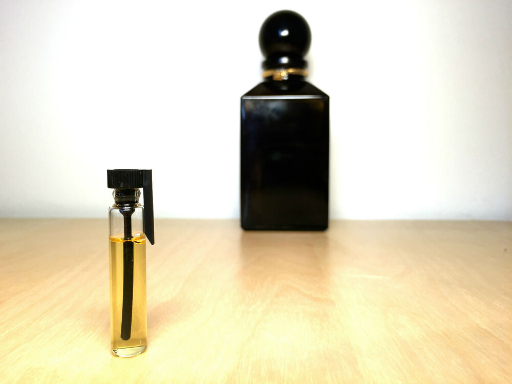tuscan leather by tom ford 2ml sample 100 genuine ebay. Black Bedroom Furniture Sets. Home Design Ideas