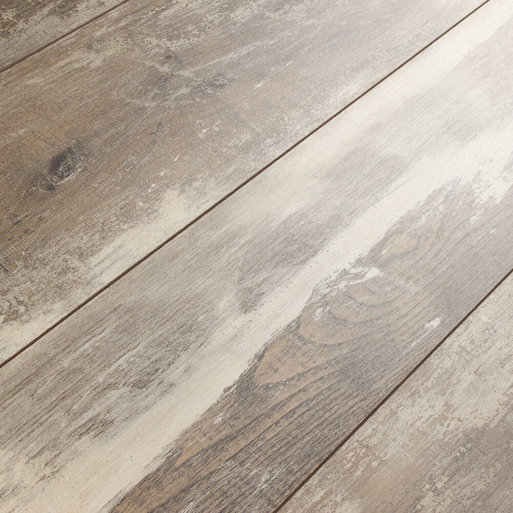 Kronoswiss Swiss Solid Iceland Oak 12mm Laminate Flooring