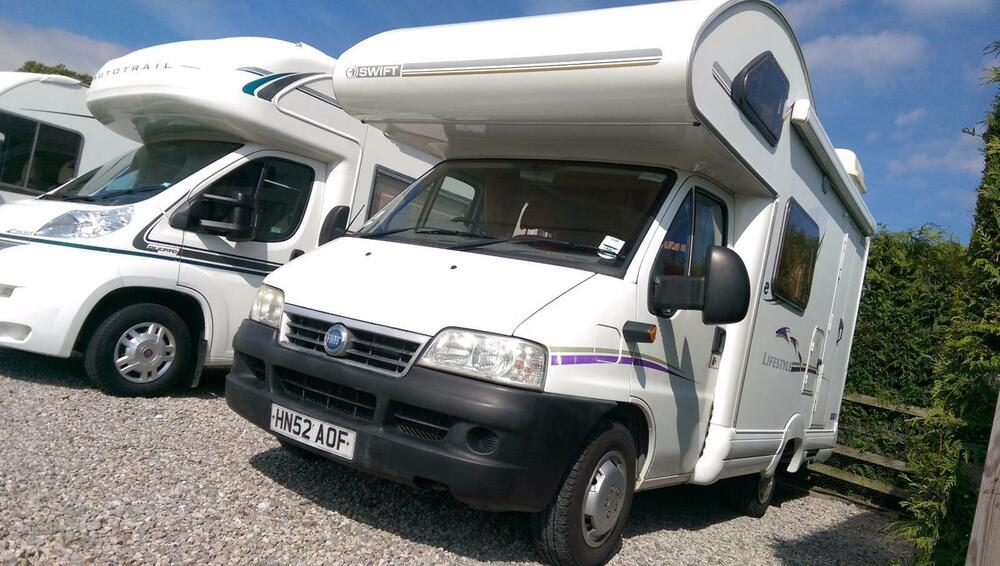 2002 swift lifestyle 530 l 4 berth fiat ducato 2 0 jtd. Black Bedroom Furniture Sets. Home Design Ideas