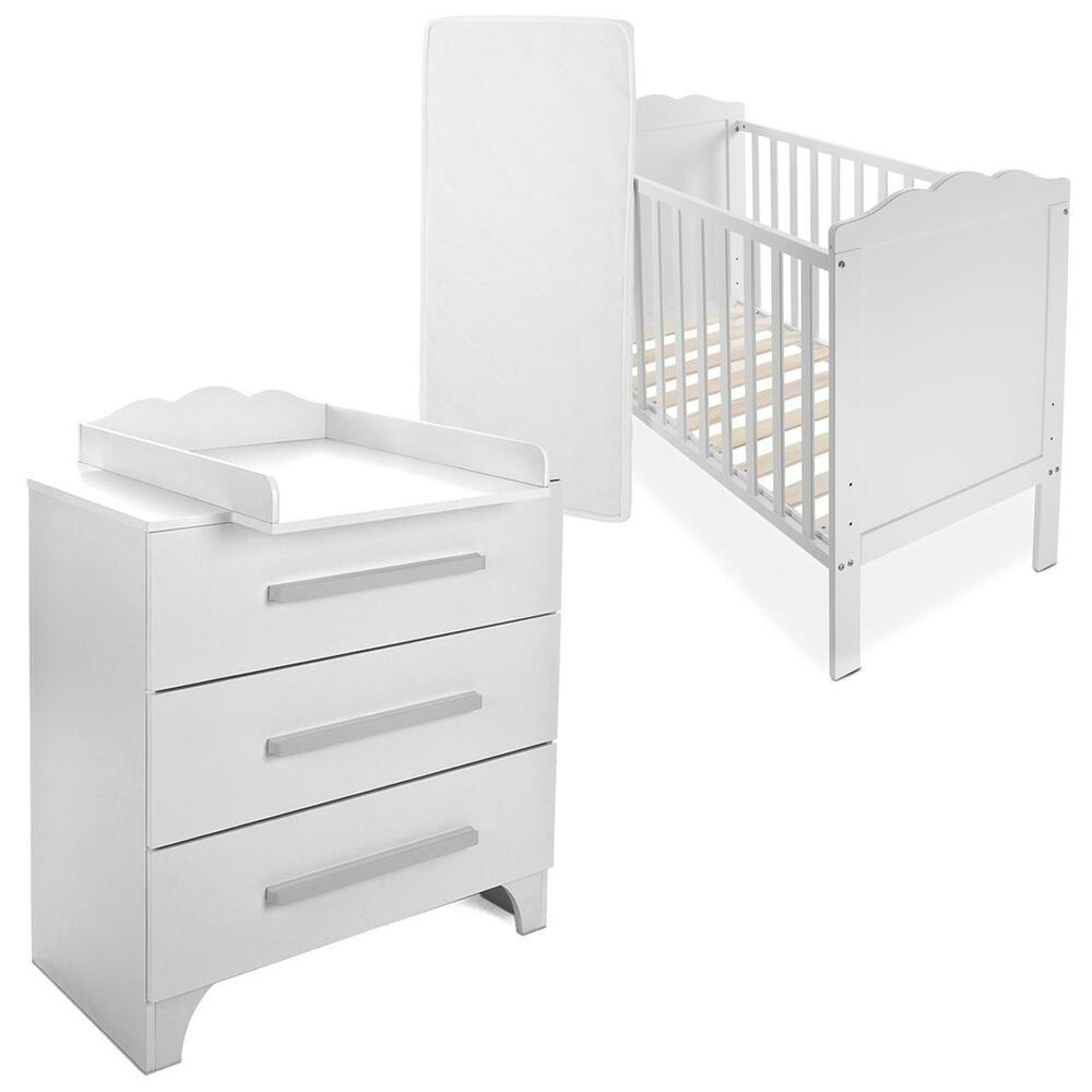 babyzimmer babybett mit wickelkommode gitterbett kinderbett komplett set neu ebay. Black Bedroom Furniture Sets. Home Design Ideas