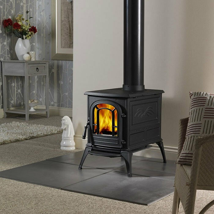Vermont castings aspen classic black cast iron wood stove for Small efficient wood stoves