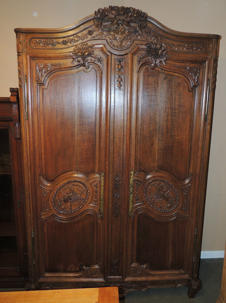 fabulous 19th century french armoire 2 door oak tiger. Black Bedroom Furniture Sets. Home Design Ideas