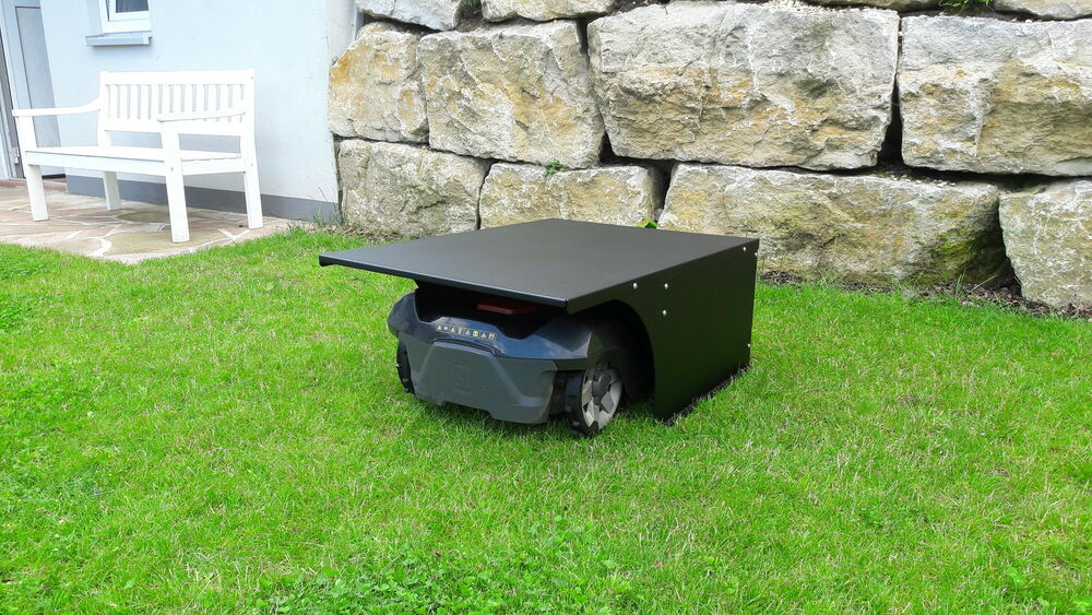 lawn robot garage top automower lawn mower lawn mower. Black Bedroom Furniture Sets. Home Design Ideas