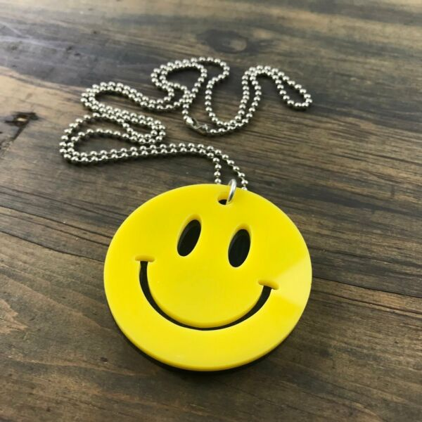 London Silver Colour Smiley Face Necklace Dainty Jewellery BM046