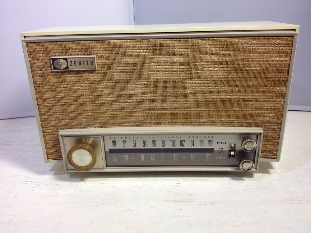 vintage 1950 39 s zenith k725 am fm tube table radio ebay. Black Bedroom Furniture Sets. Home Design Ideas