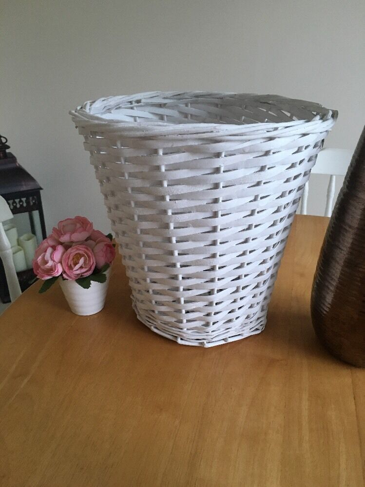 Shabby Chic Rustic White Rattan Round Wicker Waste Paper