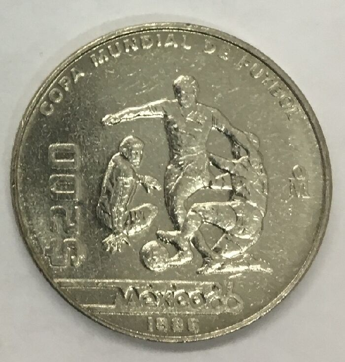 Mexico 1986 200 Pesos World Soccer Cup Commemorative Coin