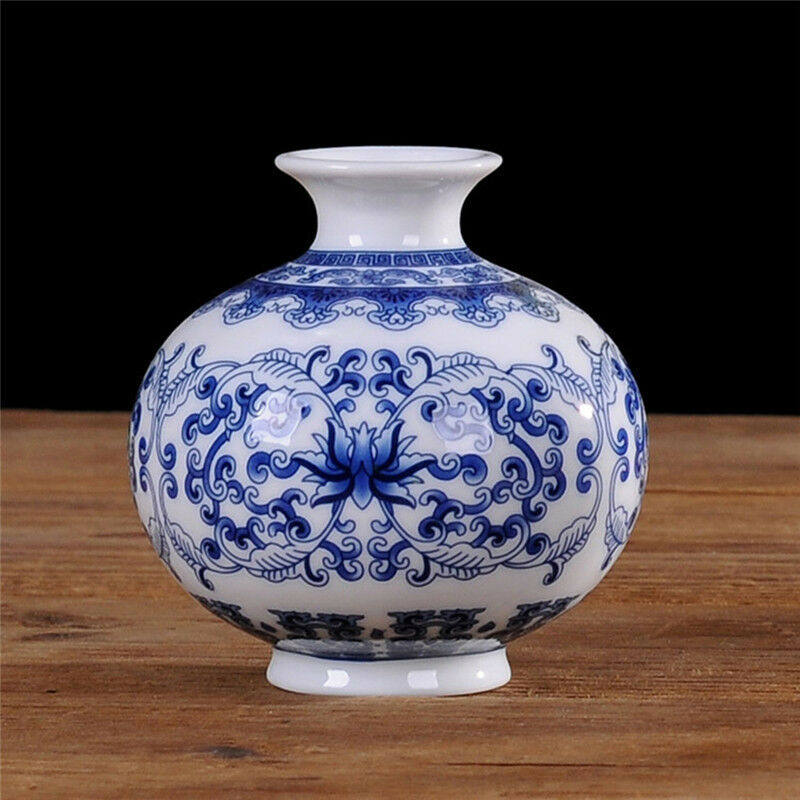 Vintage chinese ceramic porcelain vase home decor blue for Decorating with blue and white pottery