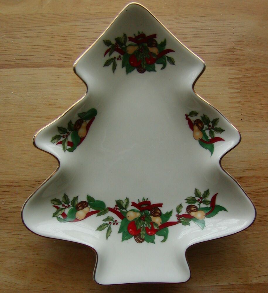 Vintage Christmas Tree Shaped Dish Plate Holly Pears Acorn