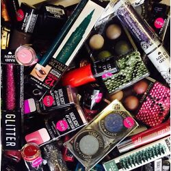 Kyпить Lot of 30 ~ Hard Candy Makeup Cosmetics Lips! Eyes! Face! Wholesale  UNSEALED  на еВаy.соm