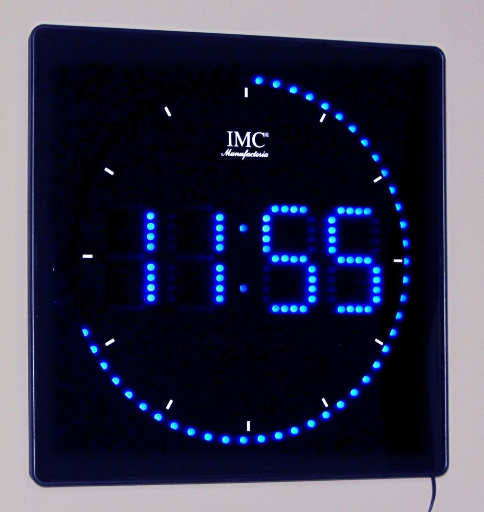 led wanduhr mit zahlen blau quadratisch digital uhr datum temperatur alarm p ebay. Black Bedroom Furniture Sets. Home Design Ideas