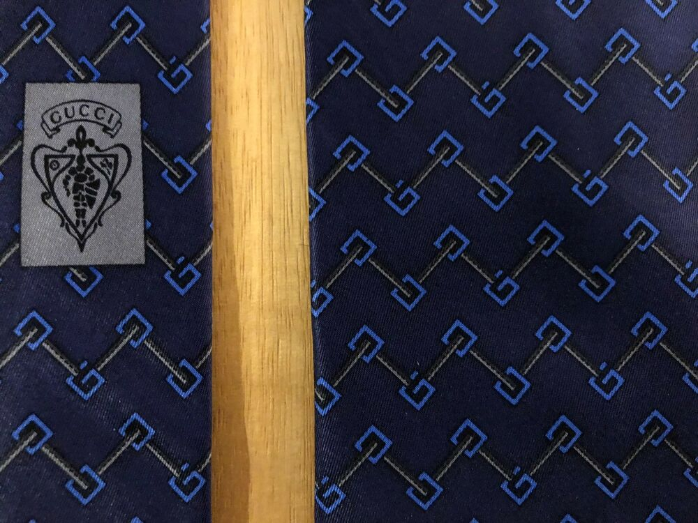 a2cc9d3b1848b Details about GUCCI Italy 100% Silk Satin Tie Navy   Blue