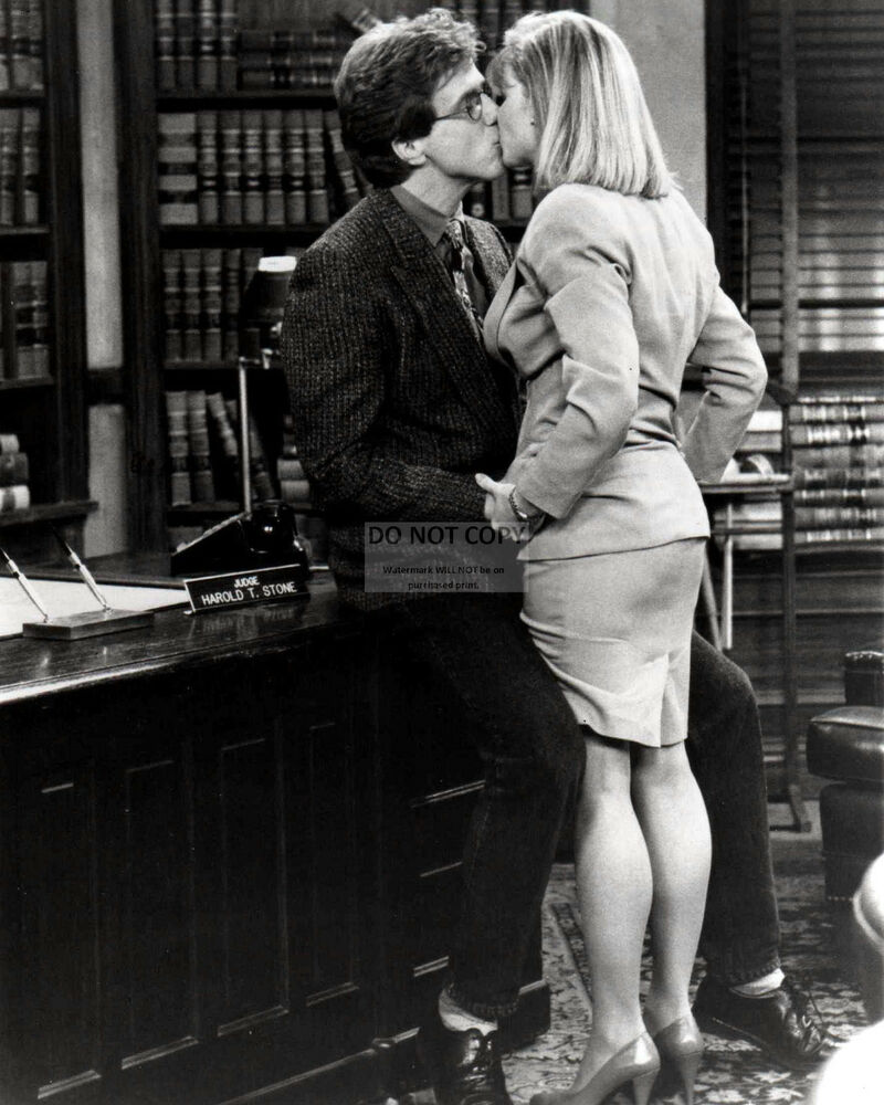 """HARRY ANDERSON AND MARKIE POST IN """"NIGHT COURT"""""""