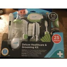 Safety 1st Deluxe Healthcare & Grooming Kit for infants