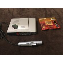 Sony MZ-R37 Portable Minidisc Player/Recorder w Remote + Blank Disc -Great Cond.