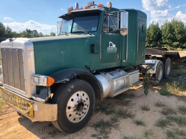 1994 Peterbilt 379 Truck with sleeper