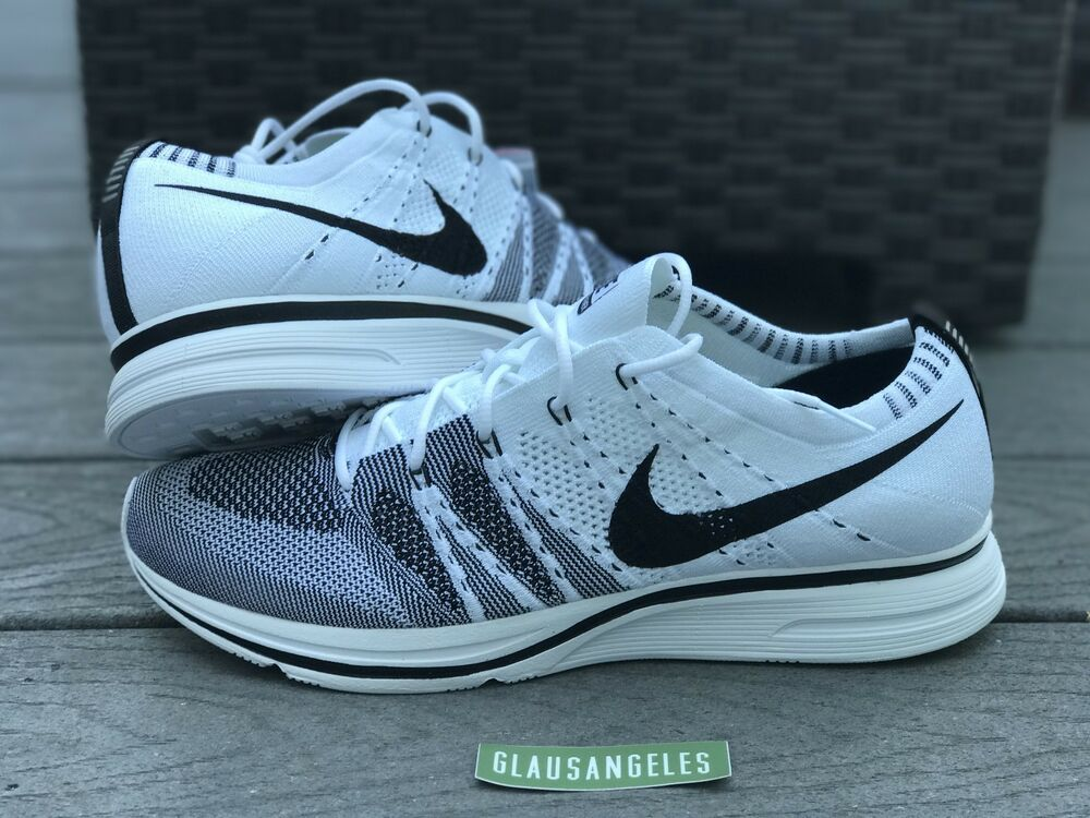 new concept fb8b0 a43a2 Details about NIKE FLYKNIT TRAINER WHITE BLACK 2017 OG AH8396-100 Sz 12.5