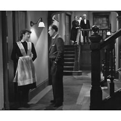 Jennifer Jones and Charles Boyer UNSIGNED 10'' x 8'' photo - P4660 - Cluny Brown