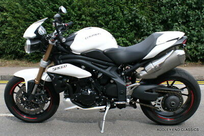 2012 TRIUMPH SPEED TRIPLE 1050 IN VERY GOOD CONDITION