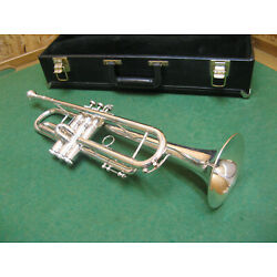 Kyпить King Legend 2070 Professional Trumpet - Refurbished - Case & Bach 7C Mouthpiece на еВаy.соm
