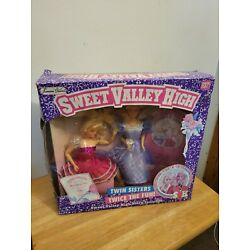Kyпить Sweet Valley High Prom Perfect Elizabeth & Jessica Twin Sisters Giftset in Box на еВаy.соm