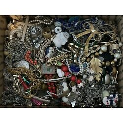 ***LARGE ESTATE LOT OF VINTAGE AND MODERN COSTUME JEWELRY***