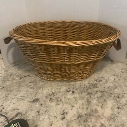 24  x 17'' WOVEN BASKET RATTAN BAMBOO LARGE WOVEN WICKER. LEATHER HANDLES. USED