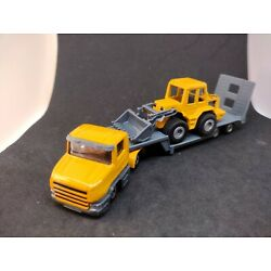 Siku truck with Low Loader and JCB Wheel Loader- 1:87 Scale -