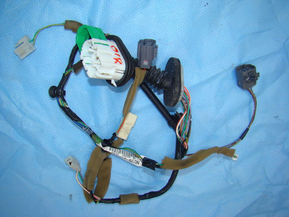 mazda miata wiring harness door 01 02 03 04 05 right mx5. Black Bedroom Furniture Sets. Home Design Ideas