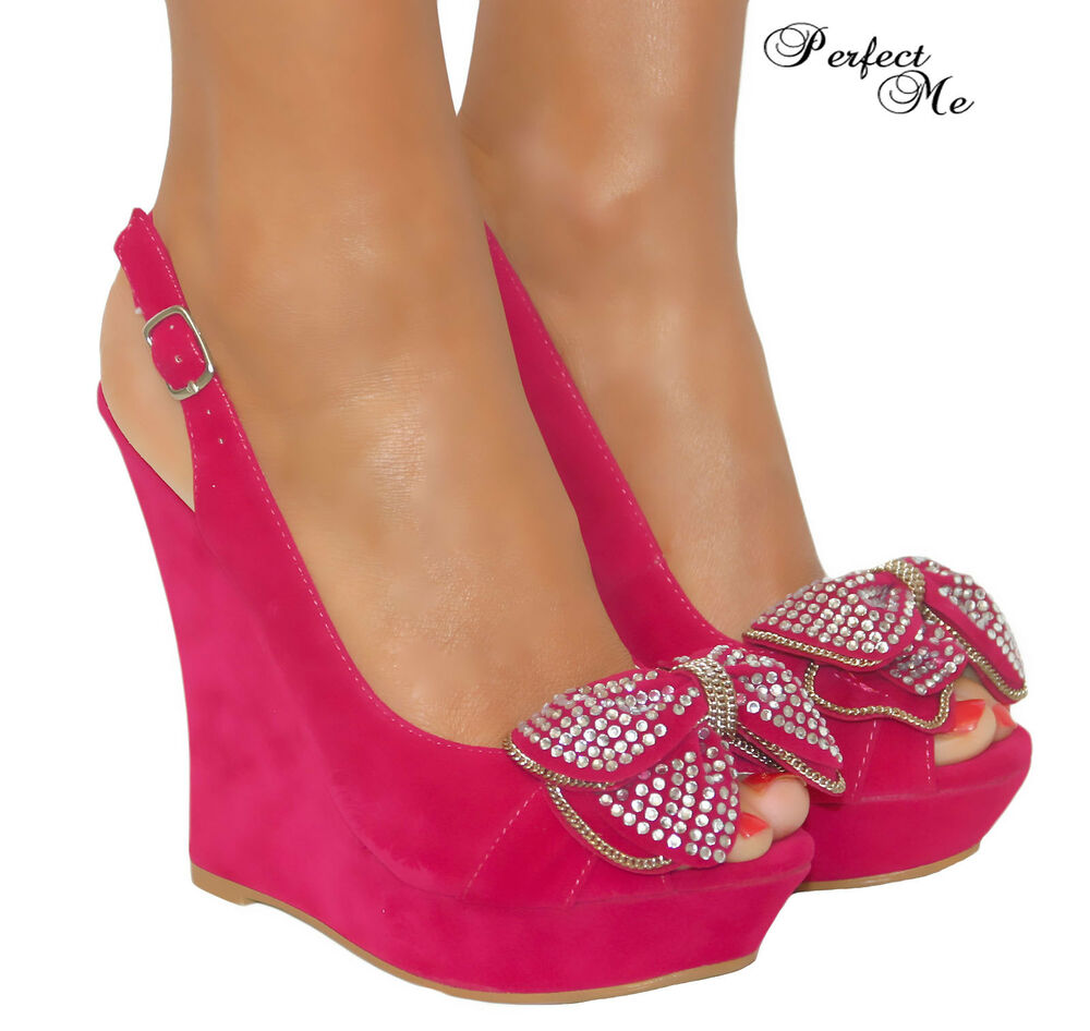 Girls Pink Shoes With Buckle