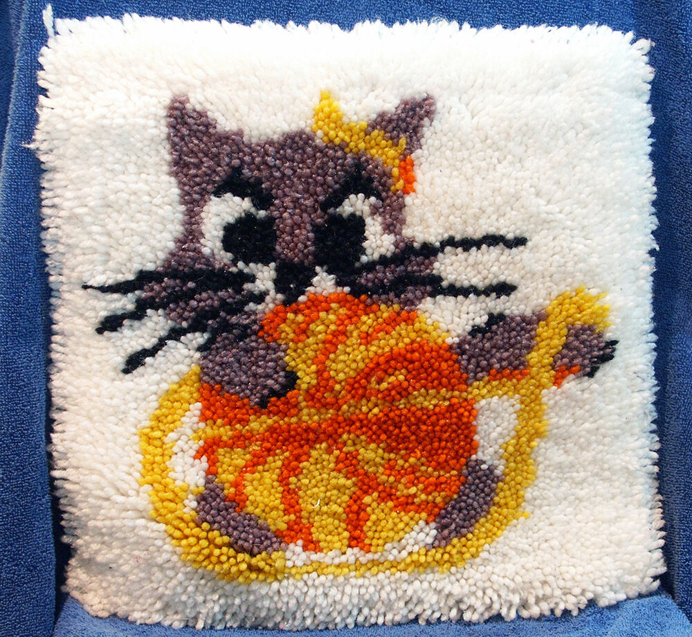 Vintage Latch Hook Rug Wall Hanging Gray Kitty Cat W Ball
