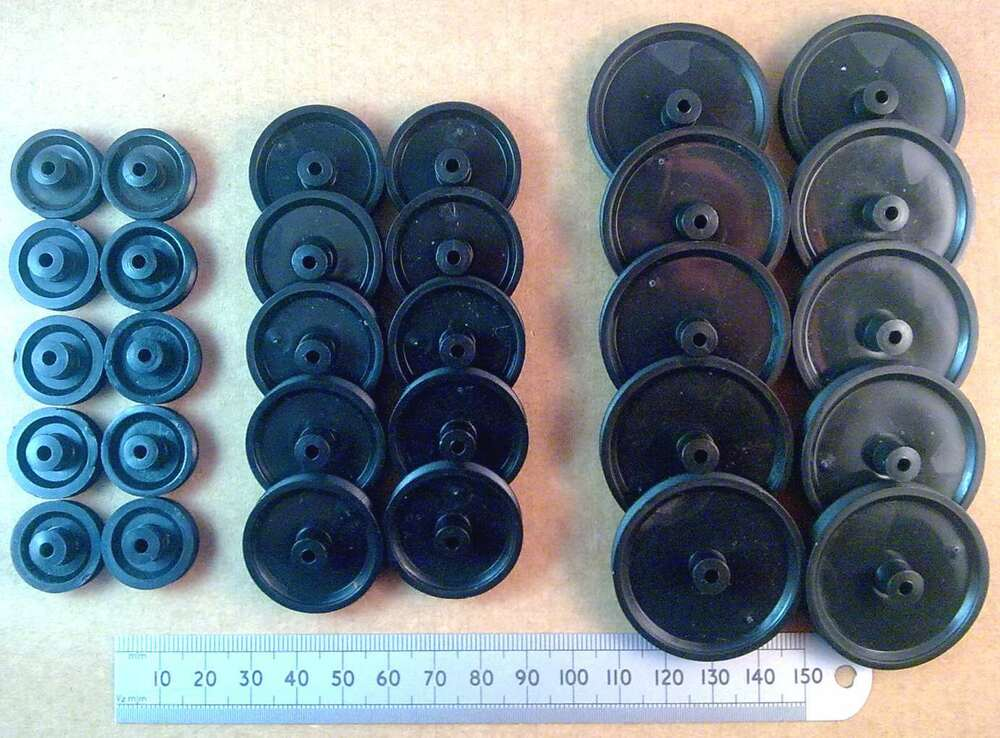 qty 10 various diameter model belt pulley for 3mm shafts
