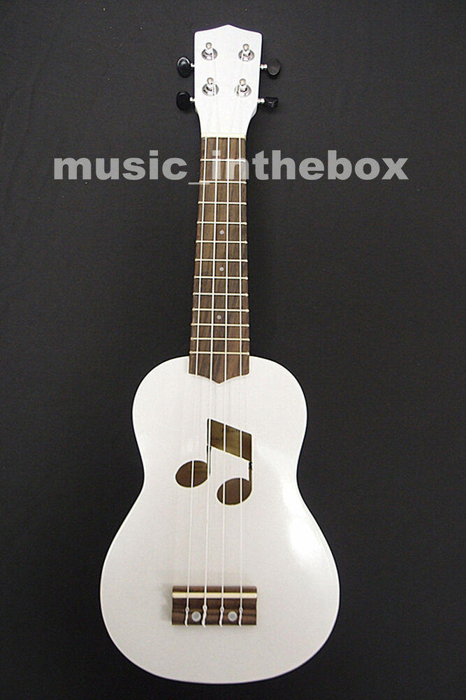 Beautiful 21' White Color Soprano Ukulele & Ukulele Bag