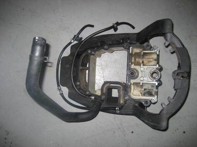 Suzuki Outboard Df 40 And 50 Hp Engine Holder Comp Part