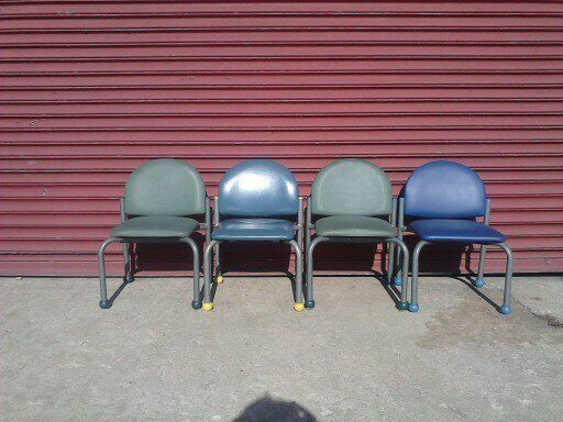 Pediatric Waiting Room Chairs 46 Chairs Avaliable Free Chicagoland Delivery Ebay