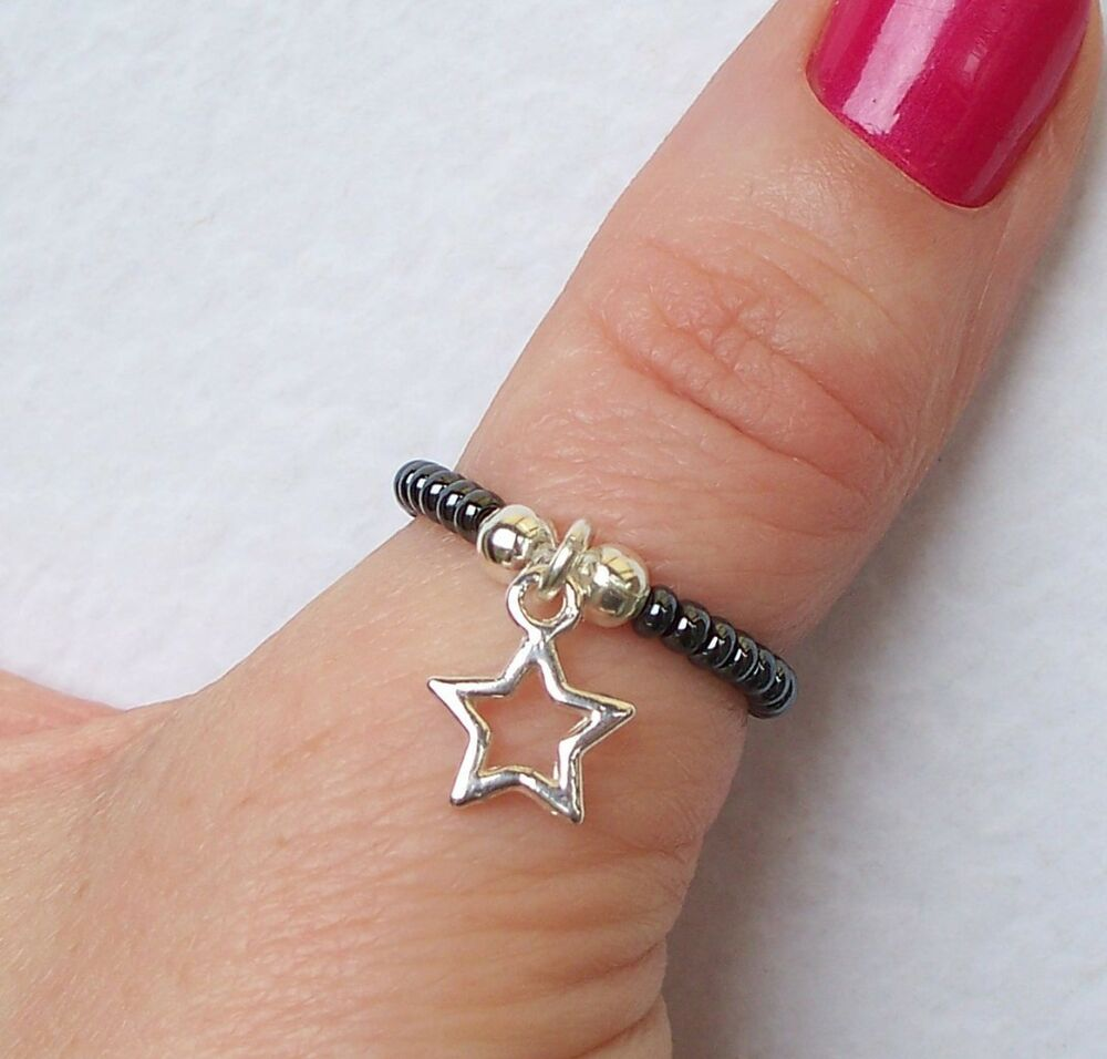 How To Make Wire Ring With Charm Bead