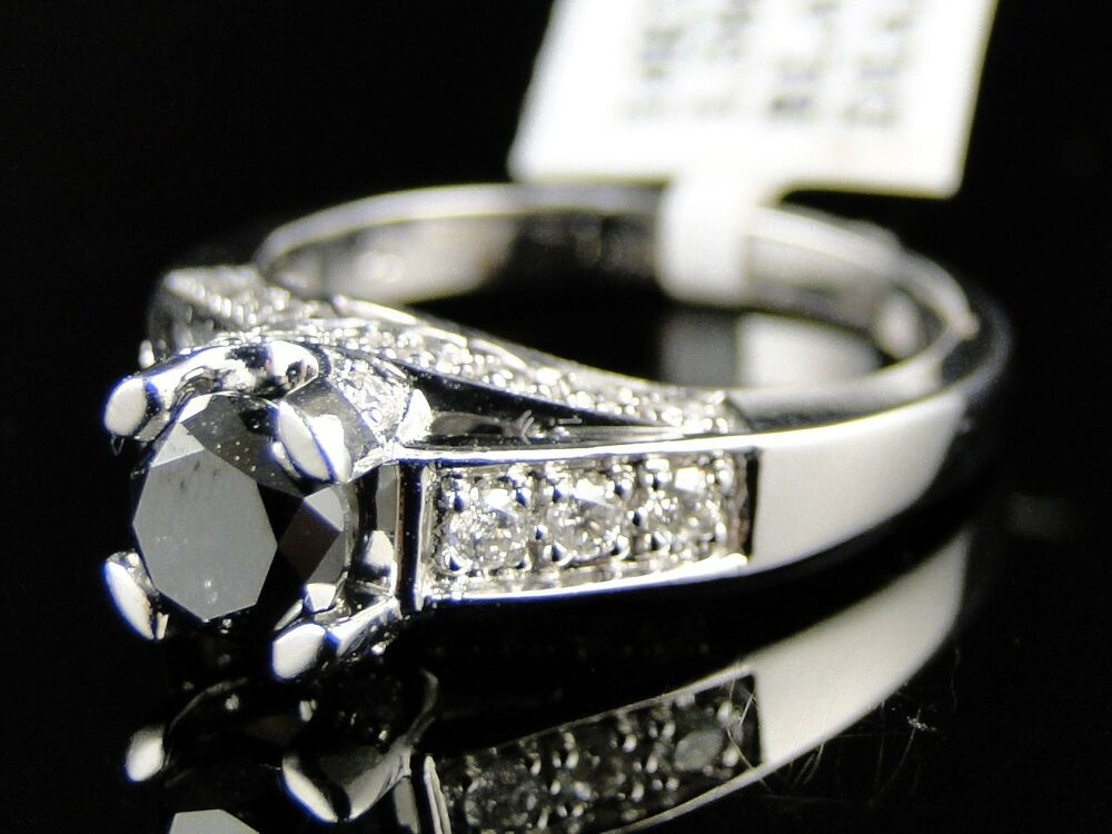how to sell engagement ring back