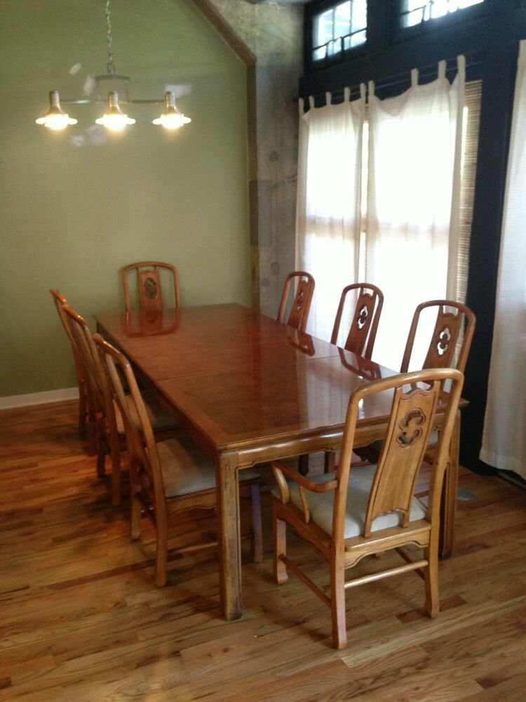 Thomasville dining table with 8 chairs and 2 leaves ebay for Dining room 8 chairs