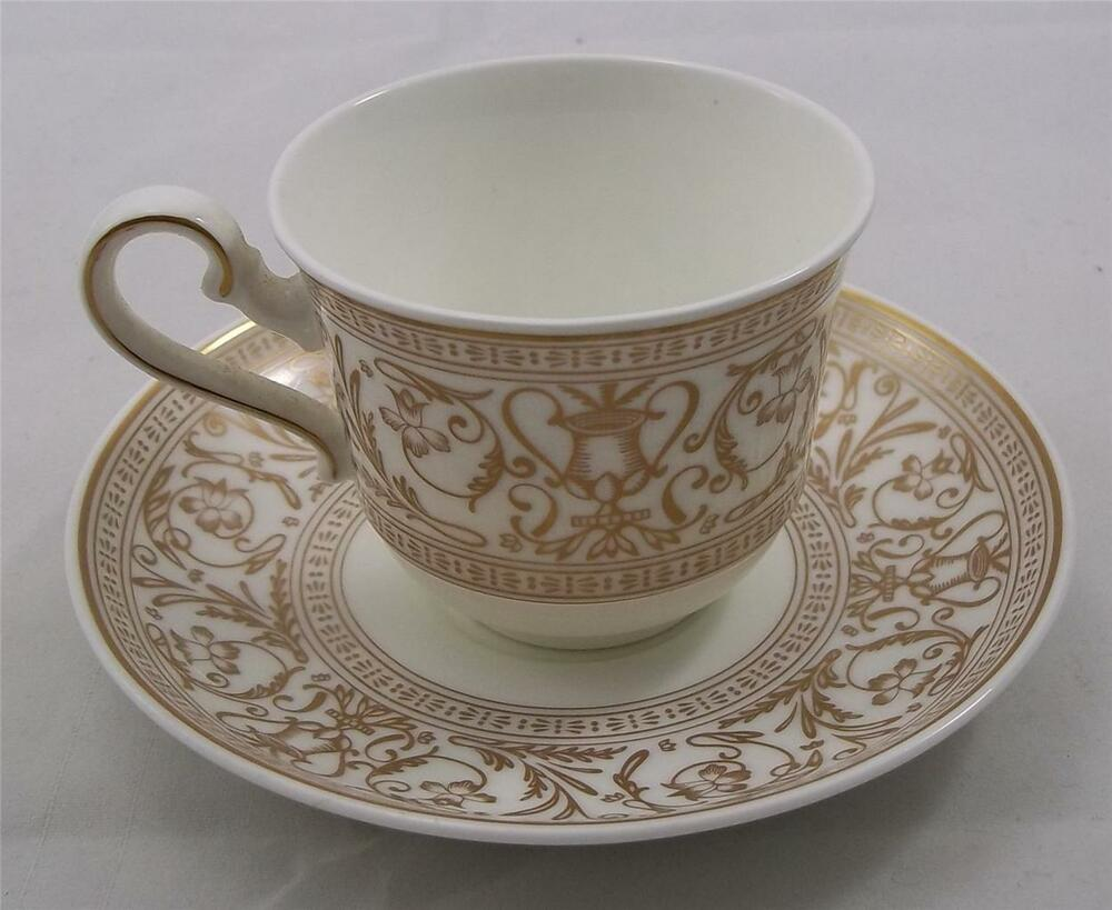 villeroy and boch heinrich fresco gold espresso cup and saucer new. Black Bedroom Furniture Sets. Home Design Ideas