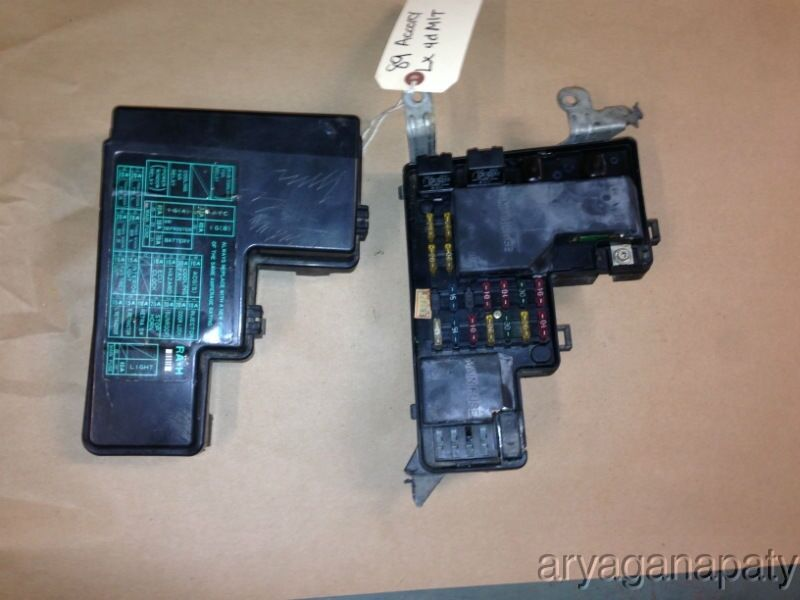 Honda Crv Fuse Box Cover : Honda accord oem under hood fuse box with fuses